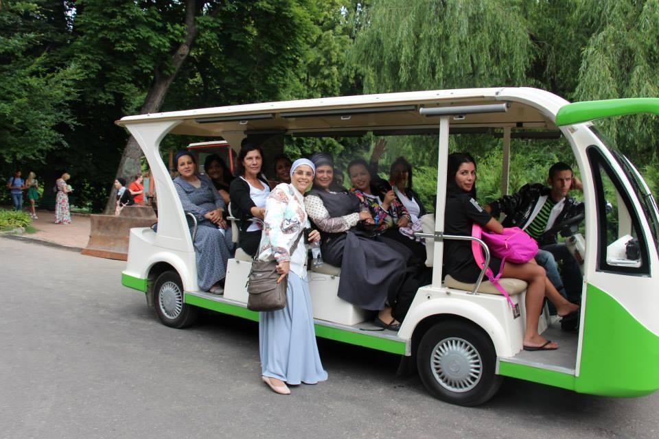 קבוצת נשים בגן סופיה