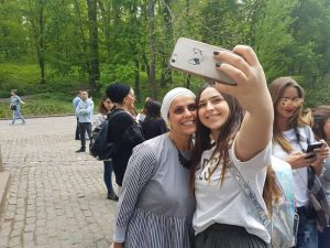 אהובה ארד עם תלמידה בגן סופיה