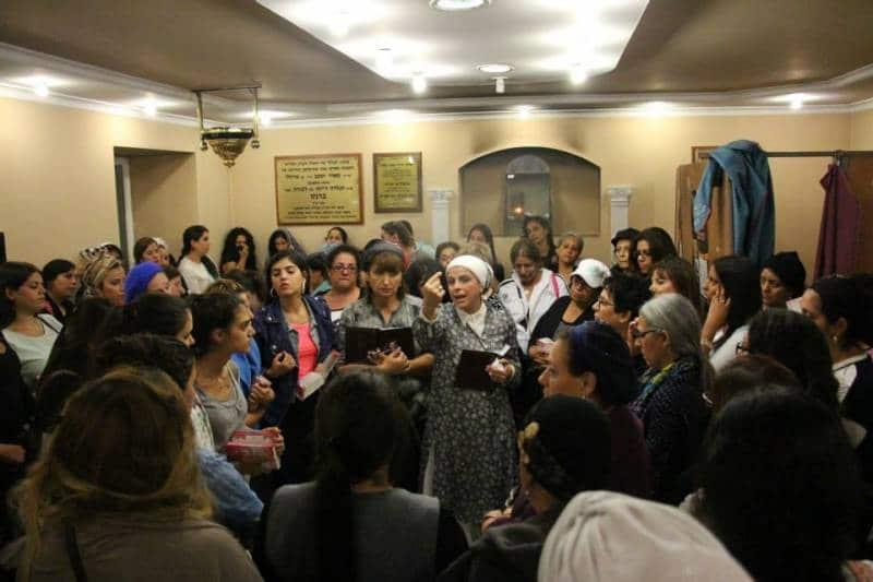 הרבנית אהובה ארד עם נשים בבעל הידית