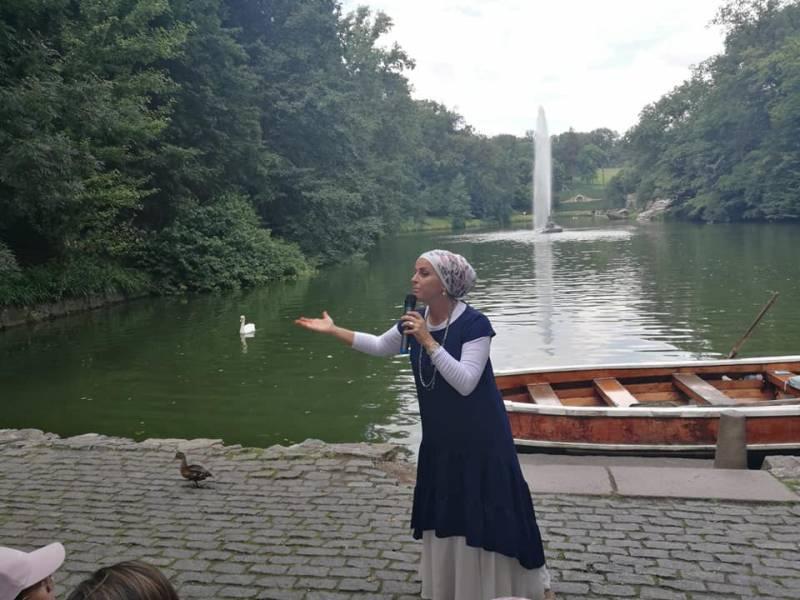 הרבנית אהובה מרצה בגן סופיה